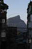 Christ the redeemer statue seen through the Rocinha slum in Rio de Janeiro (Foto/Douglas Engle/Australfoto)
