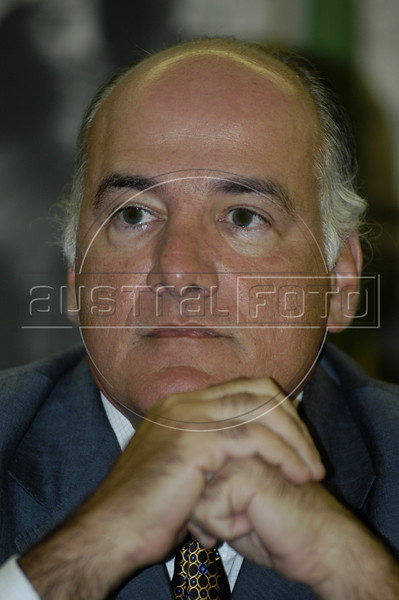 Rio de Janeiro State Security Chief Marcelo Itagiba listens during a press conference in Rio de Janeiro, Jan. 24, 2005. Itagiba said that the Rio government is on the right track in reducing crime, and pointed out that in 7 of 10 items, crimes were reduced in 2004. Murder was down to 6,438  cases, or about 17 per day, more deaths per day than many war zones.(AustralFoto/Douglas Engle)