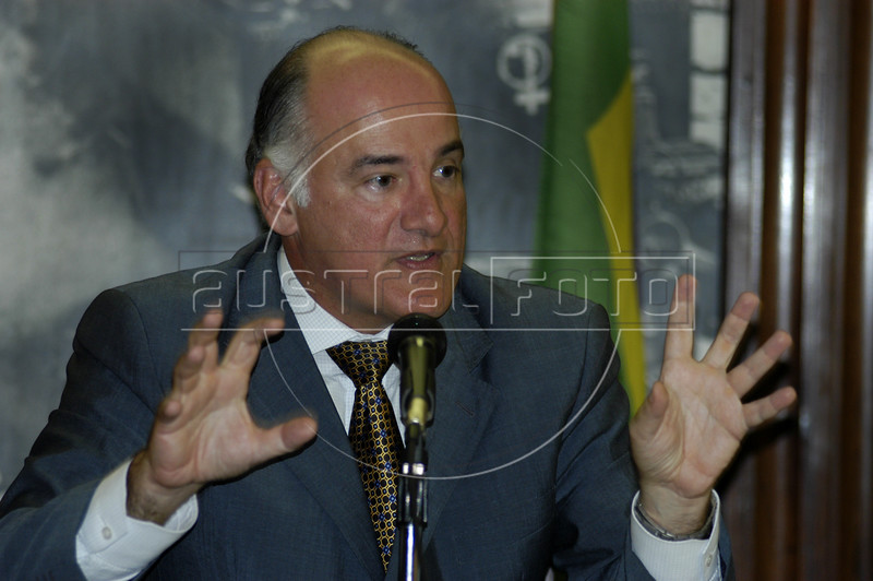 Rio de Janeiro State Security Chief Marcelo Itagiba speaks during a press conference in Rio de Janeiro, Jan. 24, 2005. Itagiba said that the Rio government is on the right track in reducing crime, and pointed out that in 7 of 10 items, crimes were reduced in 2004. Murder was down to 6,438  cases, or about 17 per day, more deaths per day than many war zones.(AustralFoto/Douglas Engle)