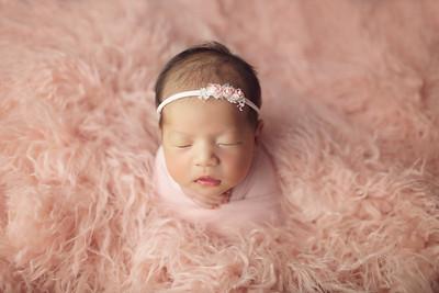 riona newborn