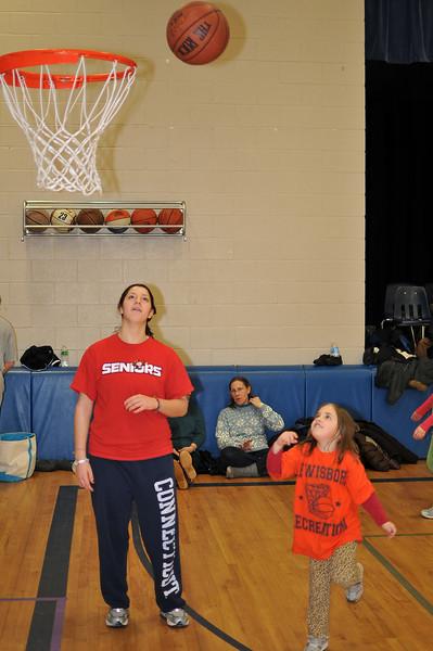 RisingStars_02-27-2010_Basketball_048
