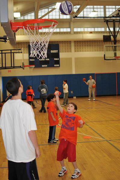 RisingStars_02-27-2010_Basketball_058