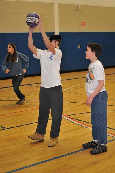 RisingStars_02-27-2010_Basketball_117