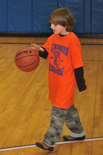 RisingStars_02-27-2010_Basketball_093