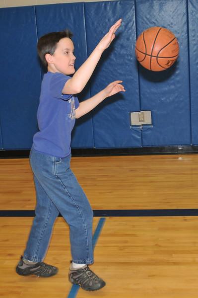 RisingStars_02-13-2010_Basketball_33