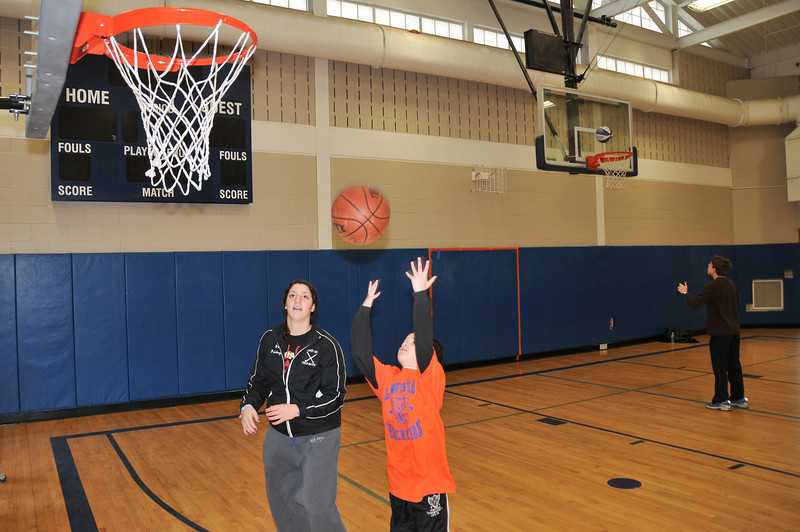 RisingStars_02-13-2010_Basketball_11