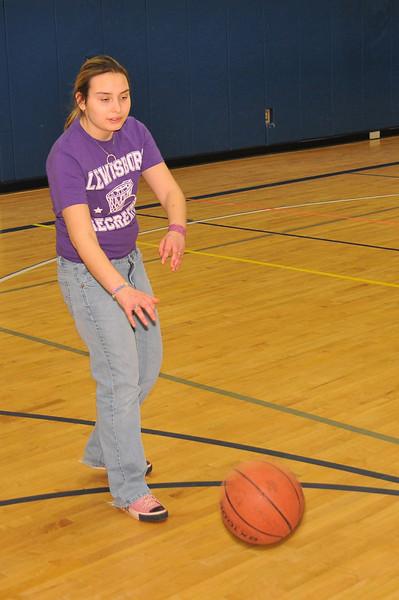 RisingStars_01-30-2010_Basketball_N030