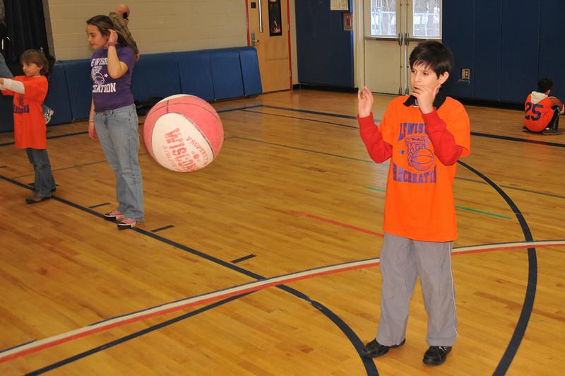 RisingStars_01-30-2010_Basketball_N039