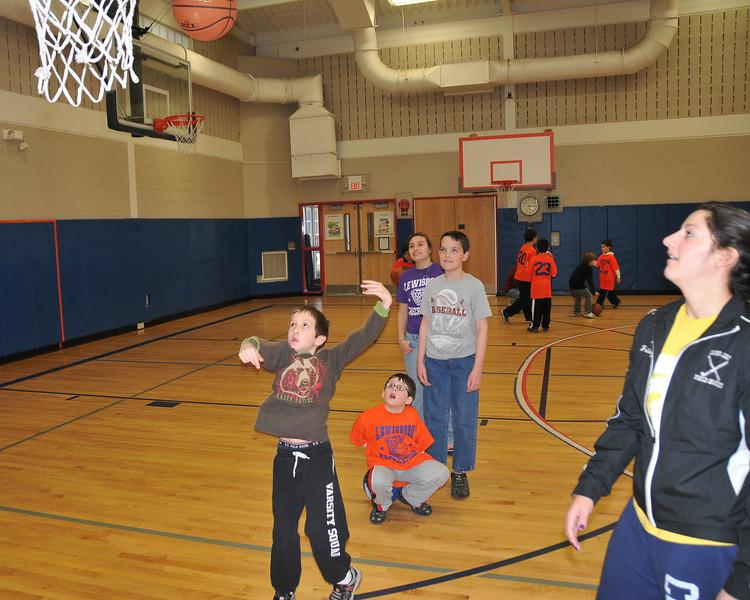 RisingStars_01-30-2010_Basketball_N077