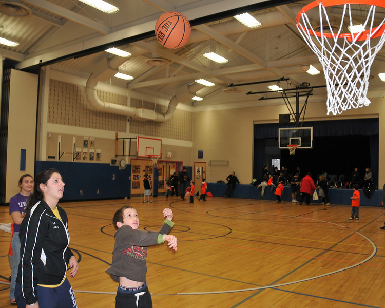 RisingStars_01-30-2010_Basketball_N094
