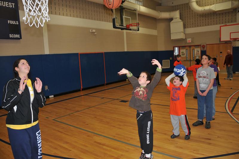 RisingStars_01-30-2010_Basketball_N083