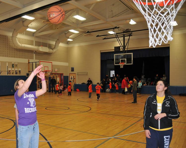 RisingStars_01-30-2010_Basketball_N089