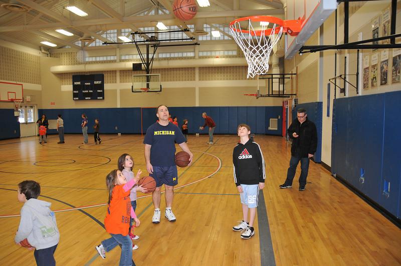 RisingStars_01-30-2010_Basketball_N068