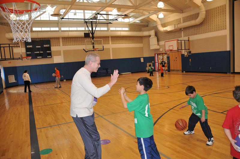 Basketball_03-01-08_P105