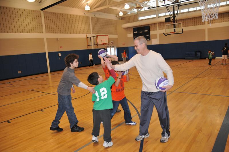 Basketball_03-01-08_P085