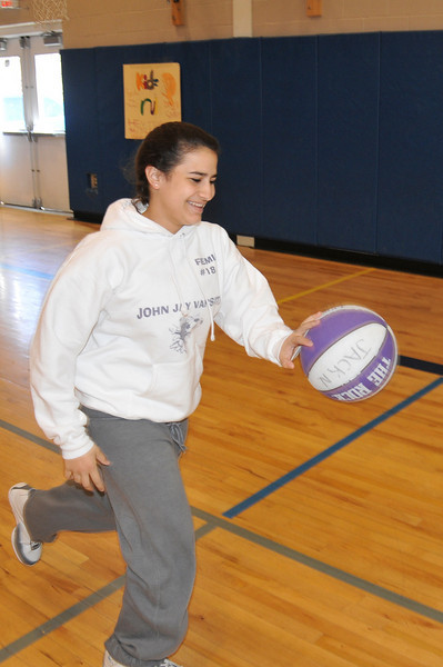 Basketball_3-29-08_P080