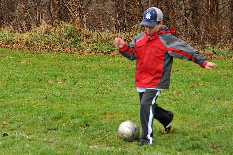 Soccer_11-14-09P21