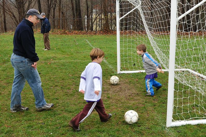 Soccer_11-14-09P36