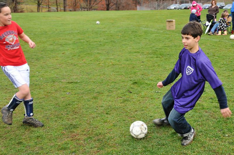 Soccer_11-14-09P73