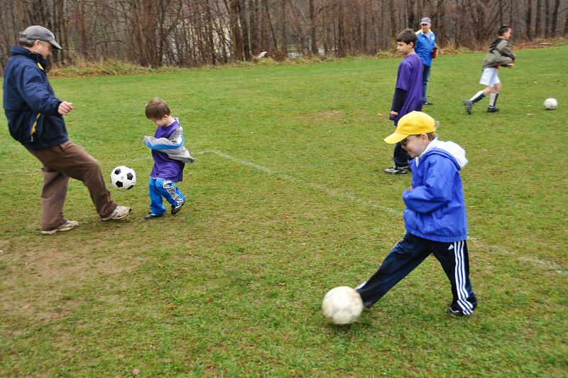 Soccer_11-14-09P09