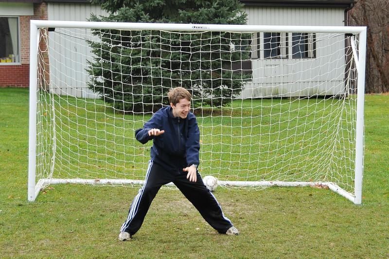 Soccer_11-14-09P71