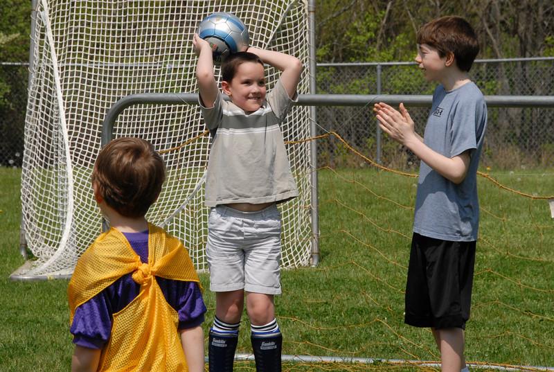 SoccerLeague_5-12-07_P-122