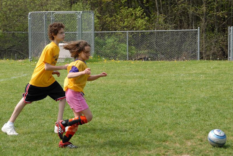 SoccerLeague_5-12-07_P-070