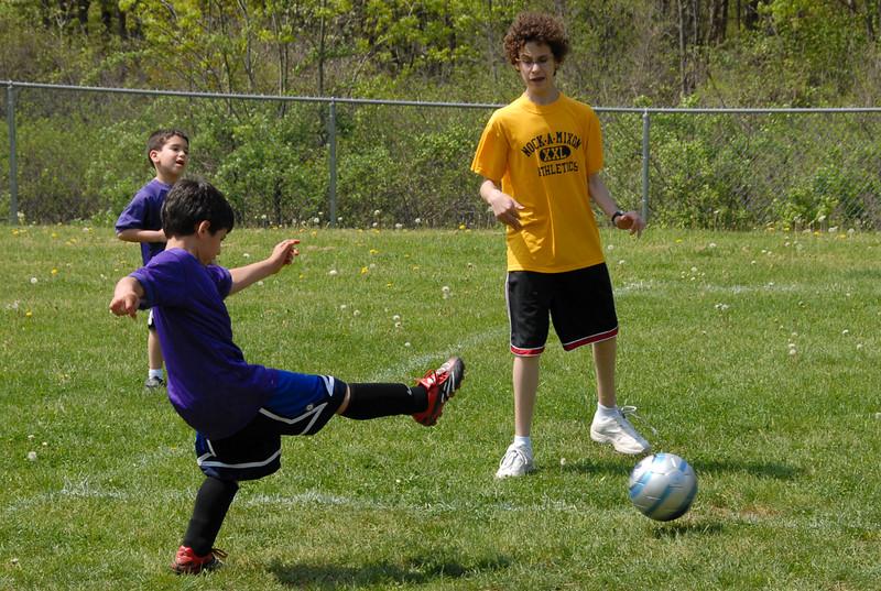 SoccerLeague_5-12-07_P-121