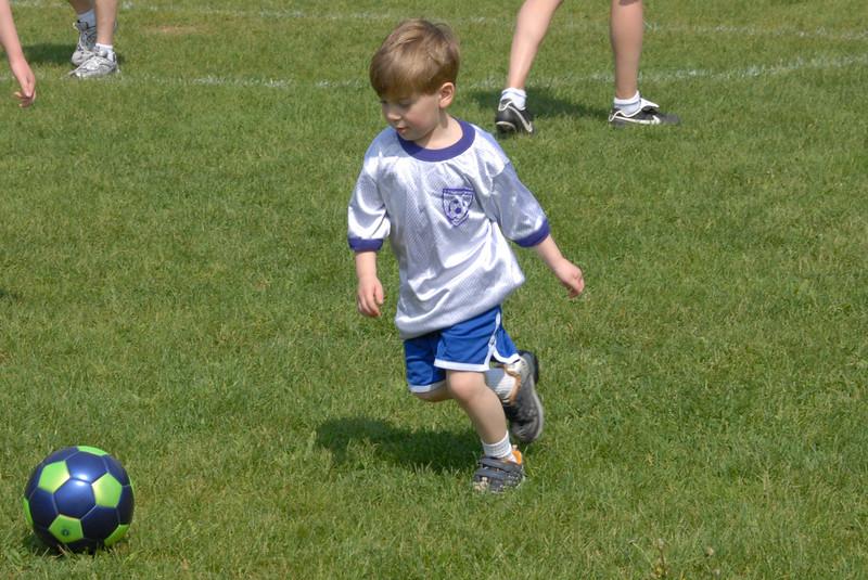 SoccerLeague_5-12-07_P-002