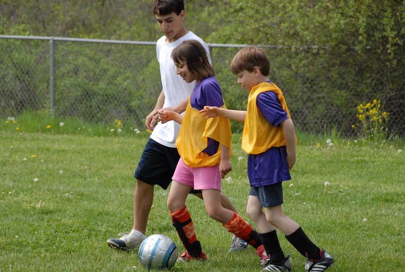 SoccerLeague_5-12-07_P-075
