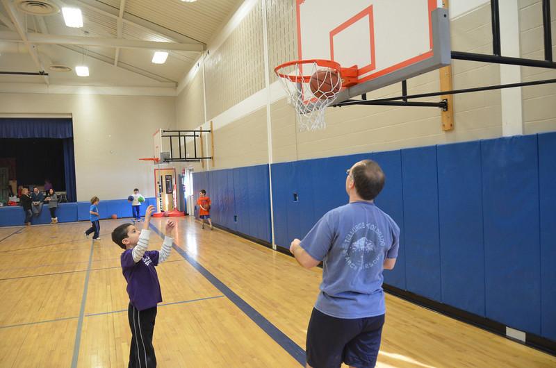 RisingStarsBasketball_01-22-2011P118