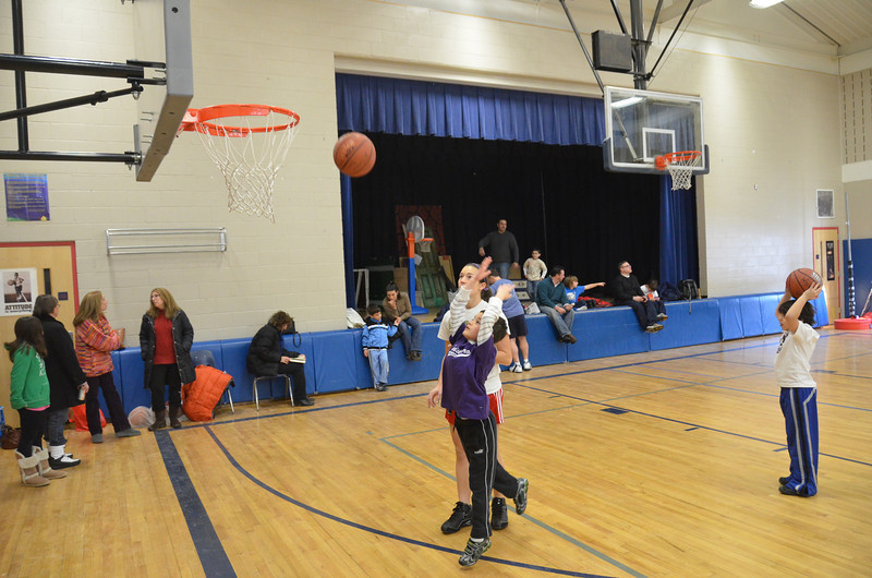 RisingStarsBasketball_01-22-2011P041