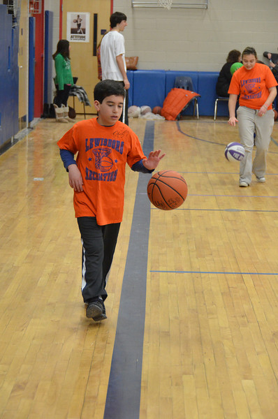 RisingStarsBasketball_01-22-2011P080