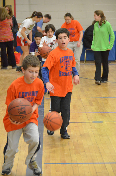 RisingStarsBasketball_01-22-2011P050
