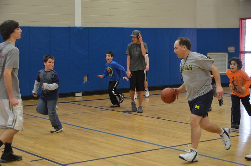 RisingStarsBasketball_01-29-2011P153