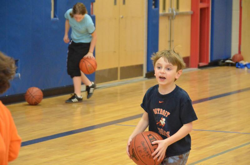 RisingStarsBasketball_01-29-2011P142