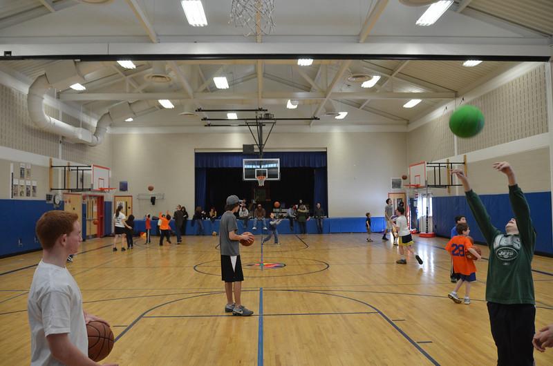 RisingStarsBasketball_01-29-2011P124