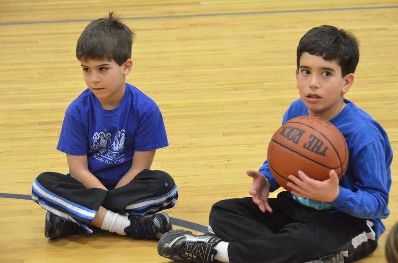 RisingStarsBasketball_01-29-2011P173