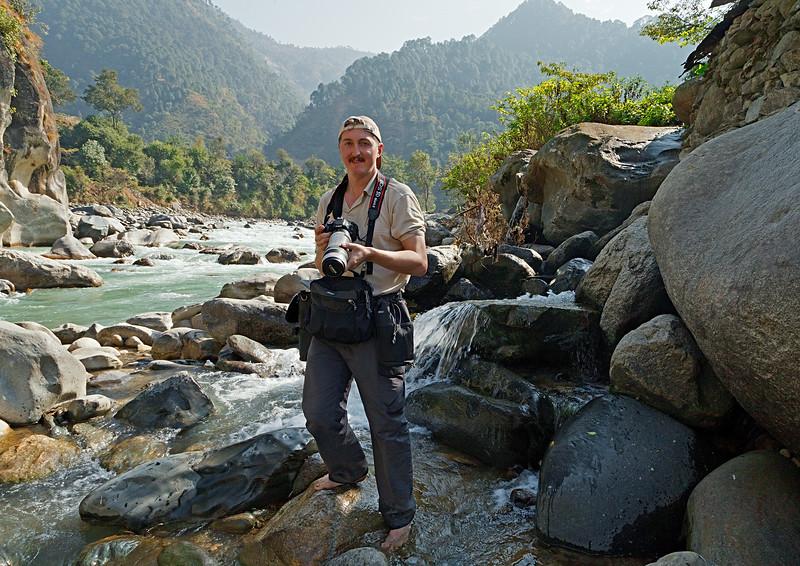 Alacananda river. The Himalayas / Река Алакананда. Гималаи
