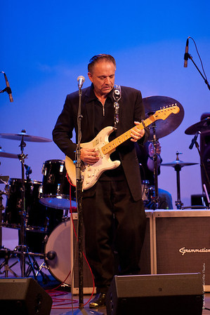 Jimmie Vaughan and the Tilt-A-Whirl Band with Lou Ann Barton