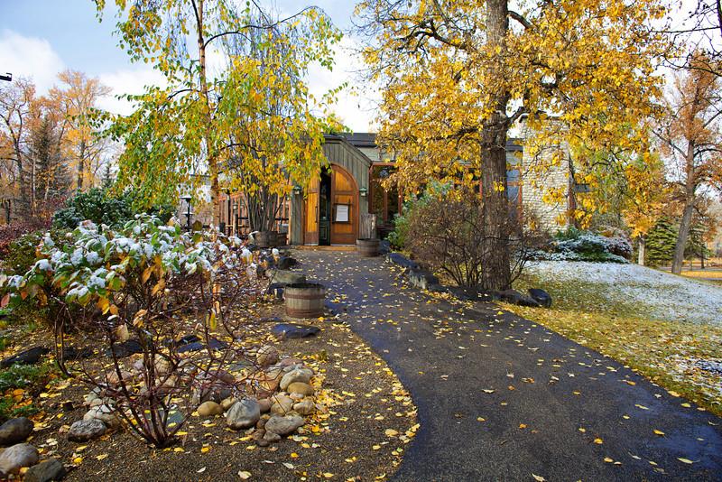 River Café, Entrance, Fall