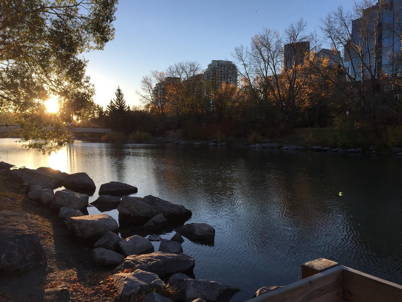 RiverCafe-LagoonView-Fall