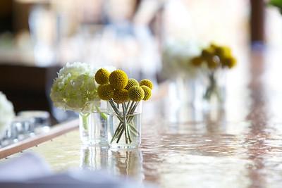 River Café, Flowers on the Bar