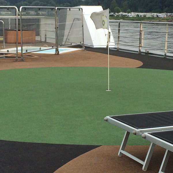 I did putt some during the cruise.