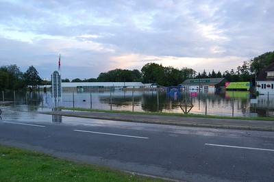 Garden Centre (2)  The building are at least a third under water.