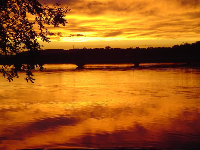 Full Sky Sunset Lower Wisconin River