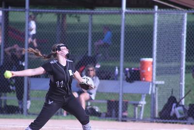 River Valley @ Dodgeville Softball Regionals 5-25-18