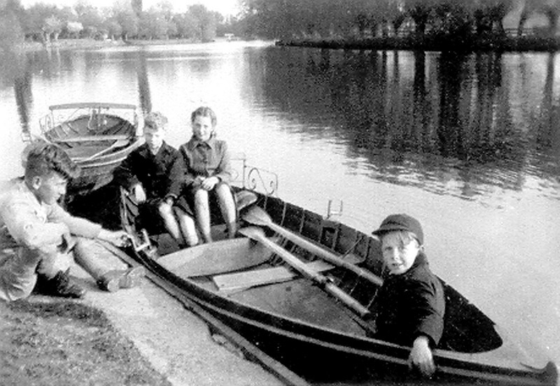 "<font size=3><u> - Children in rowing boat - </u></font> (BS0482)  Typical of children's freedom to ""muck about in boats"" in contrast to today's strict supervision and obligatory life jackets."