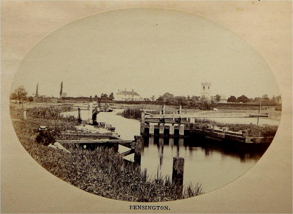 <font size=3><u> - Benson's first pound lock c1868 - </u></font> (BS1328)  This is a photo of the lock built in 1788.  It was replaced by the present structure in 1870; the photographer (Russel Sedgefield) was just in time! Pictures of it must be extremely rare.  In 1869 the Thames Conservancy bought the weirs at Benson from private ownership.