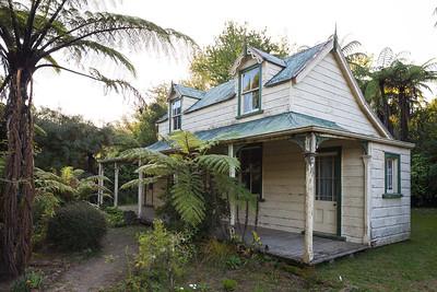 Rustic colonial style home in Pipiriki, Whanganui